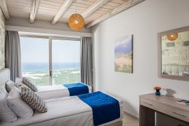 falasarna-luxury-villas-bedrooms-0002