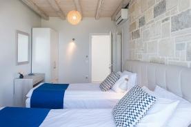 falasarna-luxury-villas-bedrooms-0003
