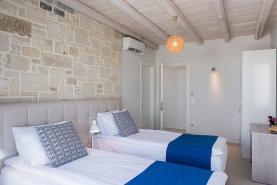 falasarna-luxury-villas-bedrooms-0011