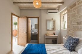 falasarna-luxury-villas-bedrooms-0015
